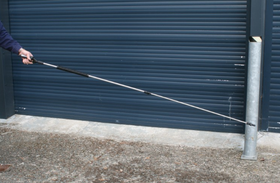 Extra long reach spray hand gun